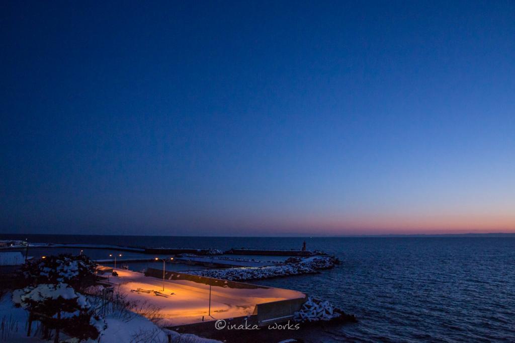焼尻島漁港の朝