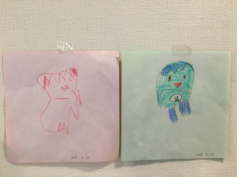 次女2歳(左)と長女(4歳)のよるコッシー