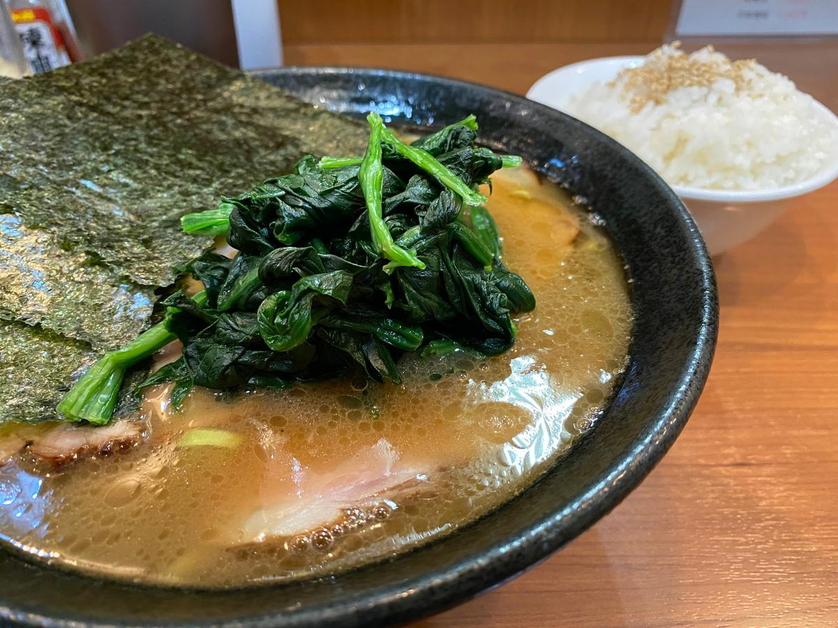りゅう 焼豚ラーメン+小ライス