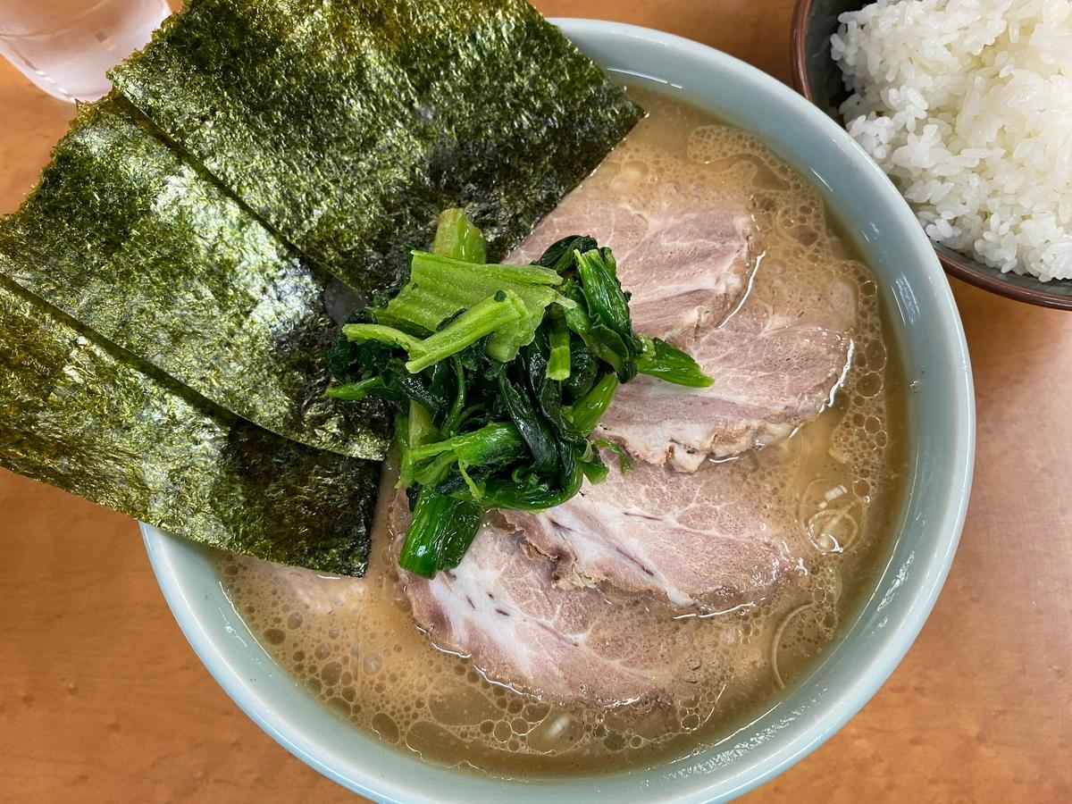 町田家新百合ヶ丘店 チャーシュー麺並盛