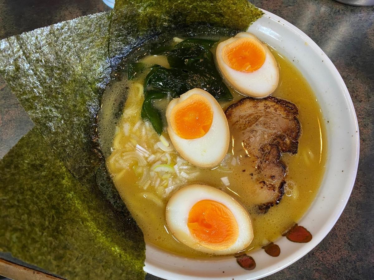 とんこつラーメン松平 ラーメン+半熟煮玉子