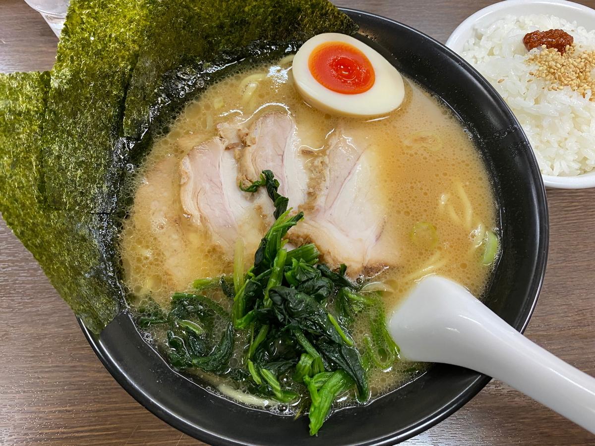 壱八家スカイビル店 チャーシュー麺