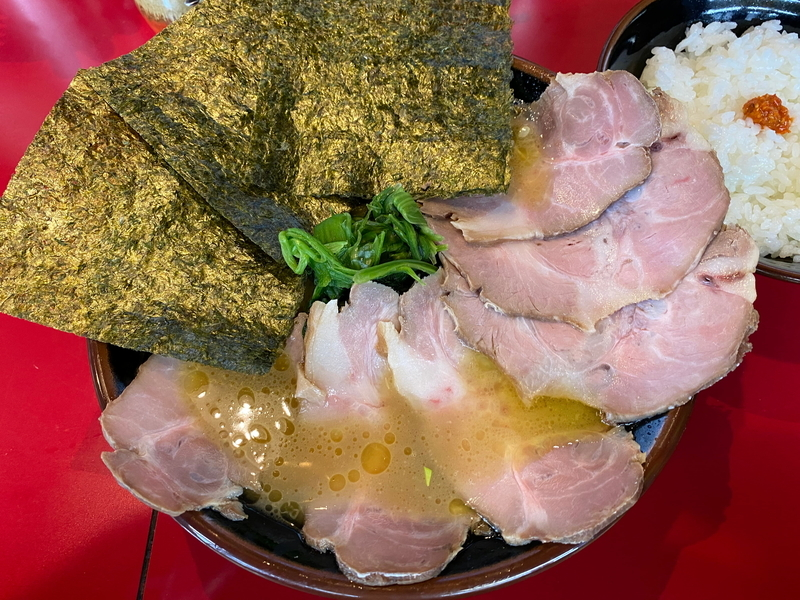 麺童虎徹 豚骨醤油らーめん(並)+チャーシュー(大)