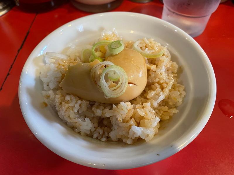 どんとこい家 くずれ味玉丼(100円)
