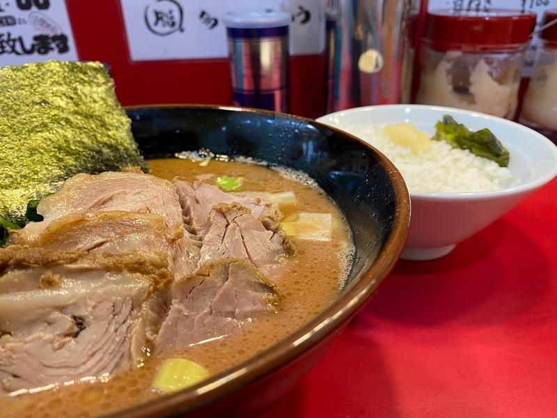 谷瀬谷 チャーシューメン(900円)+ライス(無料)