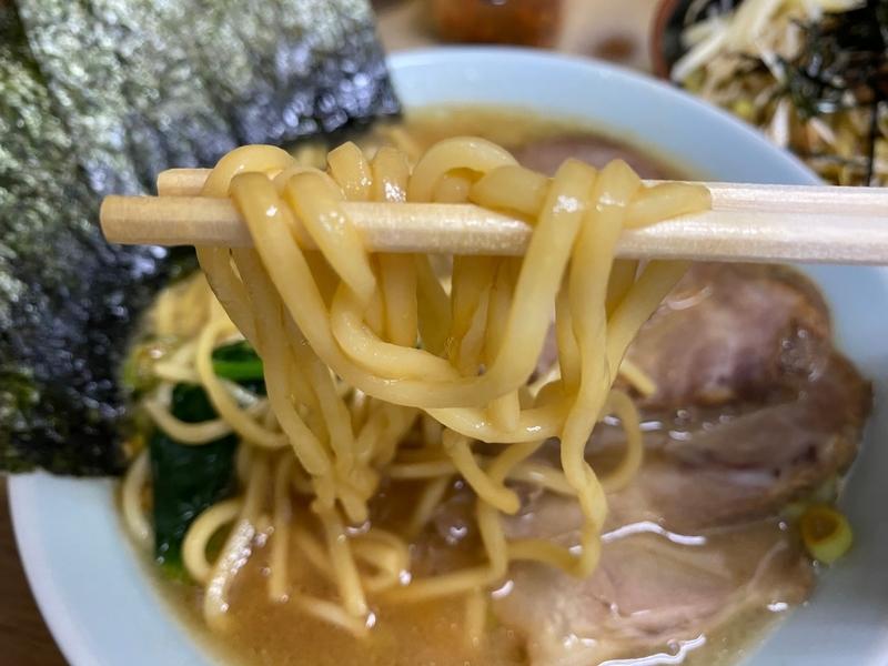 壱六家磯子本店 長多屋製麺