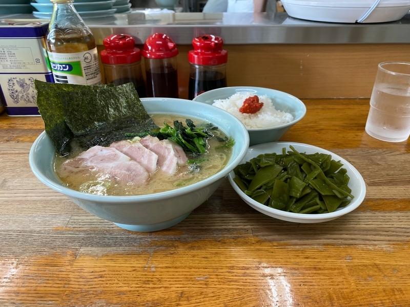 ラーメン大将錦町店 チャーシューメン(850円)+ワカメ皿(200円)+ライス(100円)