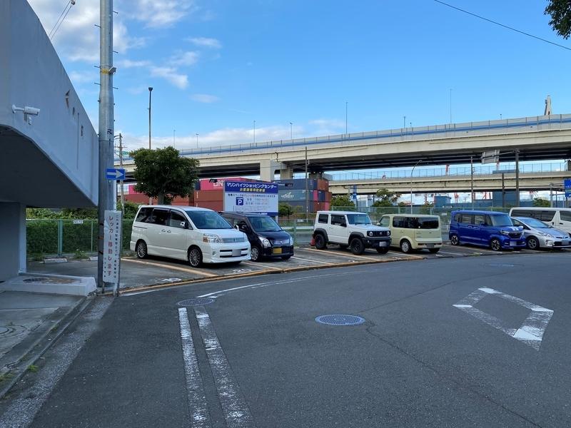 横浜マリンハイツ 駐車場