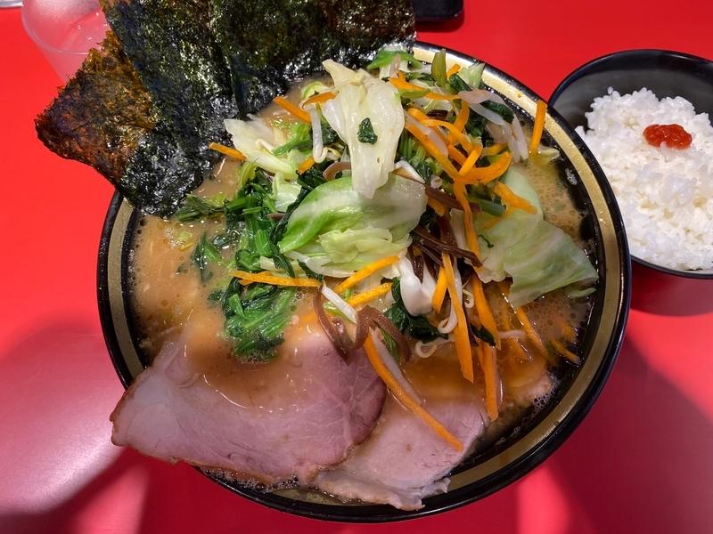 環2家蒲田店 チャーシューメン+野菜畑+ライス
