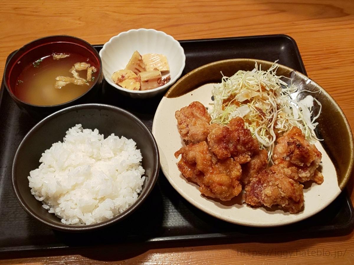博多もつ鍋やまや おすすめランチ 鶏の唐揚げめんたい風味定食 口コミ レビュー