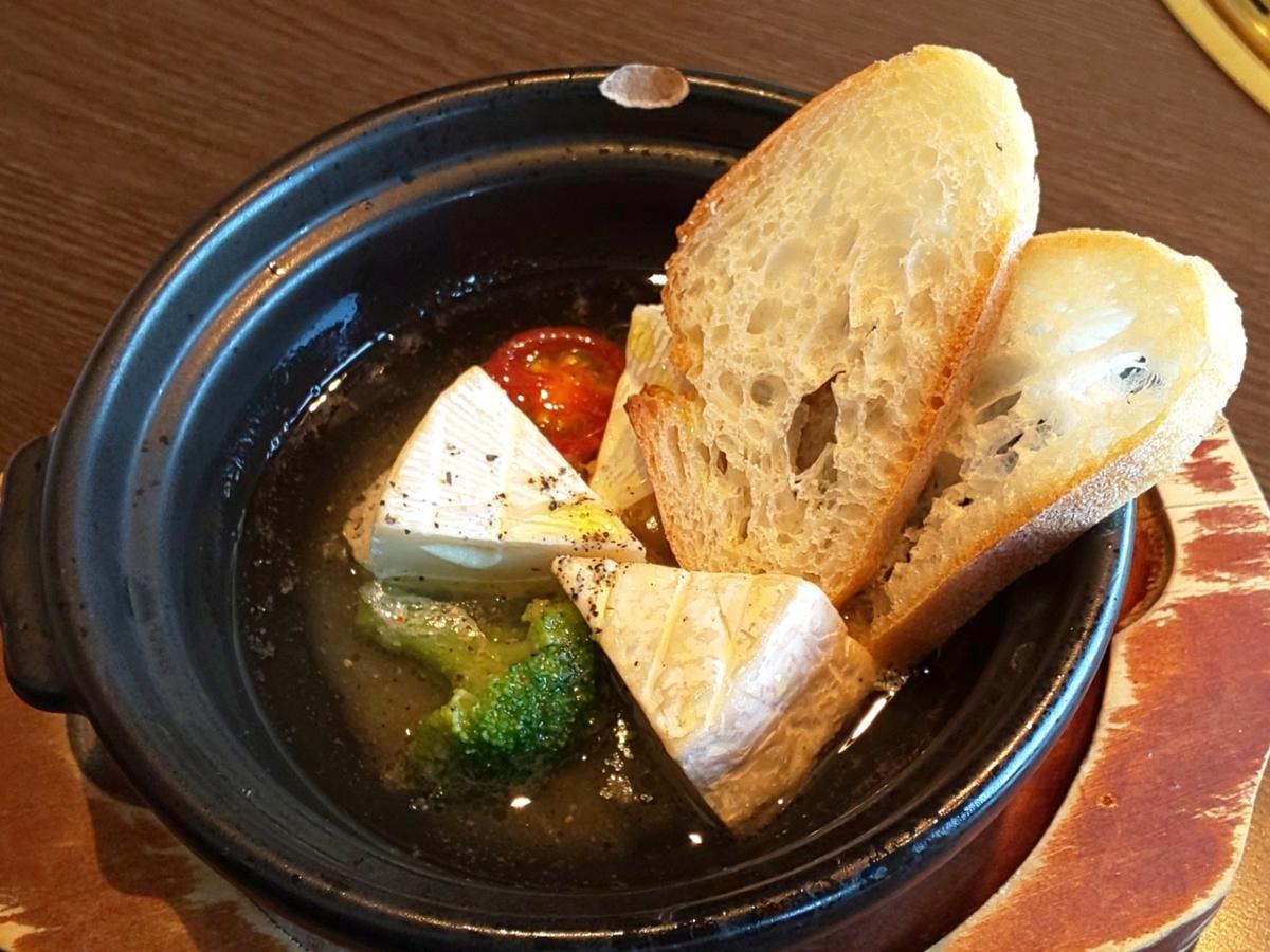 ワンカルビ「大人の贅沢フェア」メニュー カマンベールチーズのアヒージョ  感想 口コミ