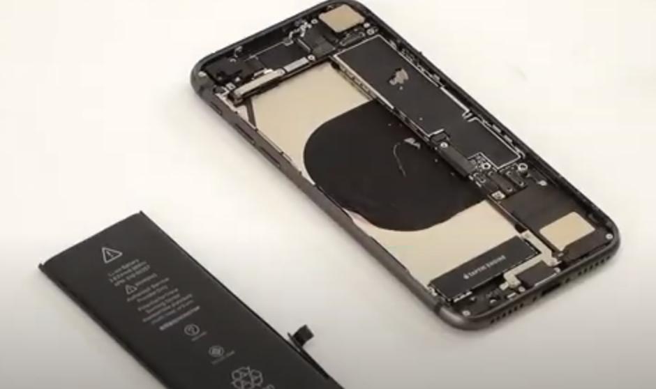 アイフォン バッテリー交換 取り外し方 手順 iPhone8