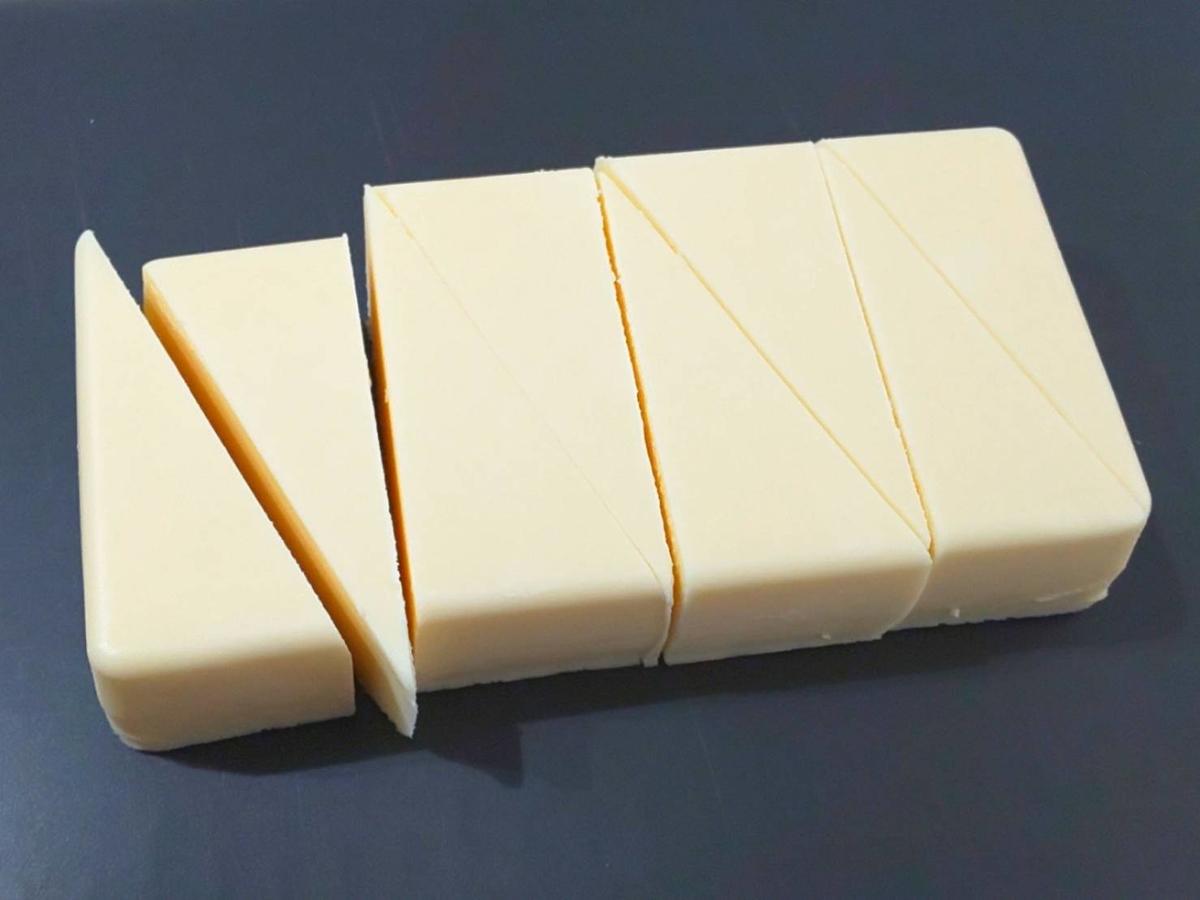業務スーパー リッチチーズケーキ 解凍時間 切り方 食べ方 感想 口コミ レビュー