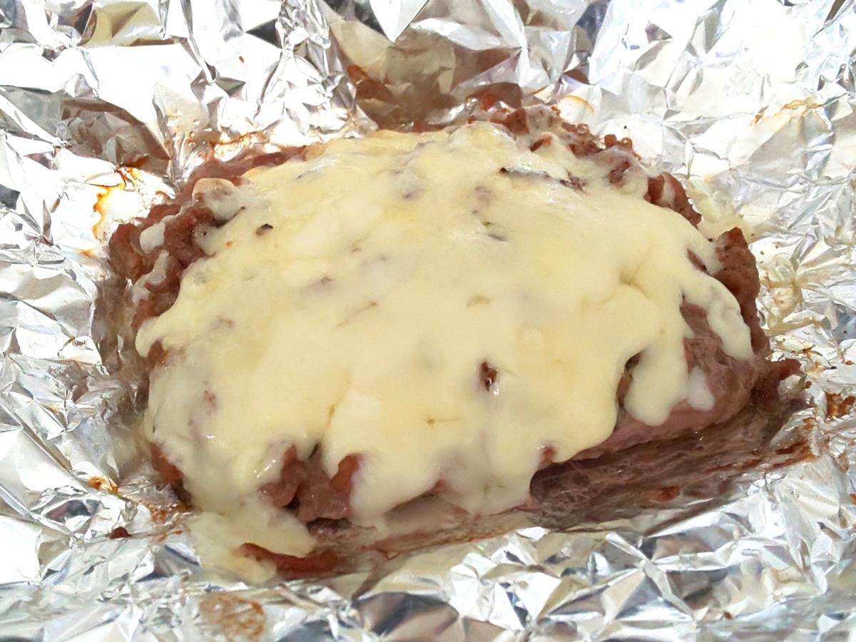 ひき肉の丸焼き(やけくそハンバーグ)チーズ トースター 家事ヤロウ レシピ 人気