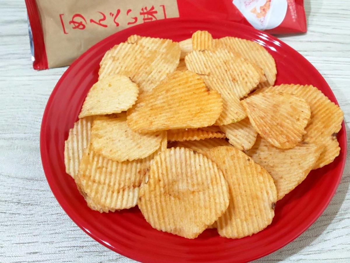 カルビーポテトチップス めんべい味 原材料 カロリー 栄養成分 評価 口コミ レビュー