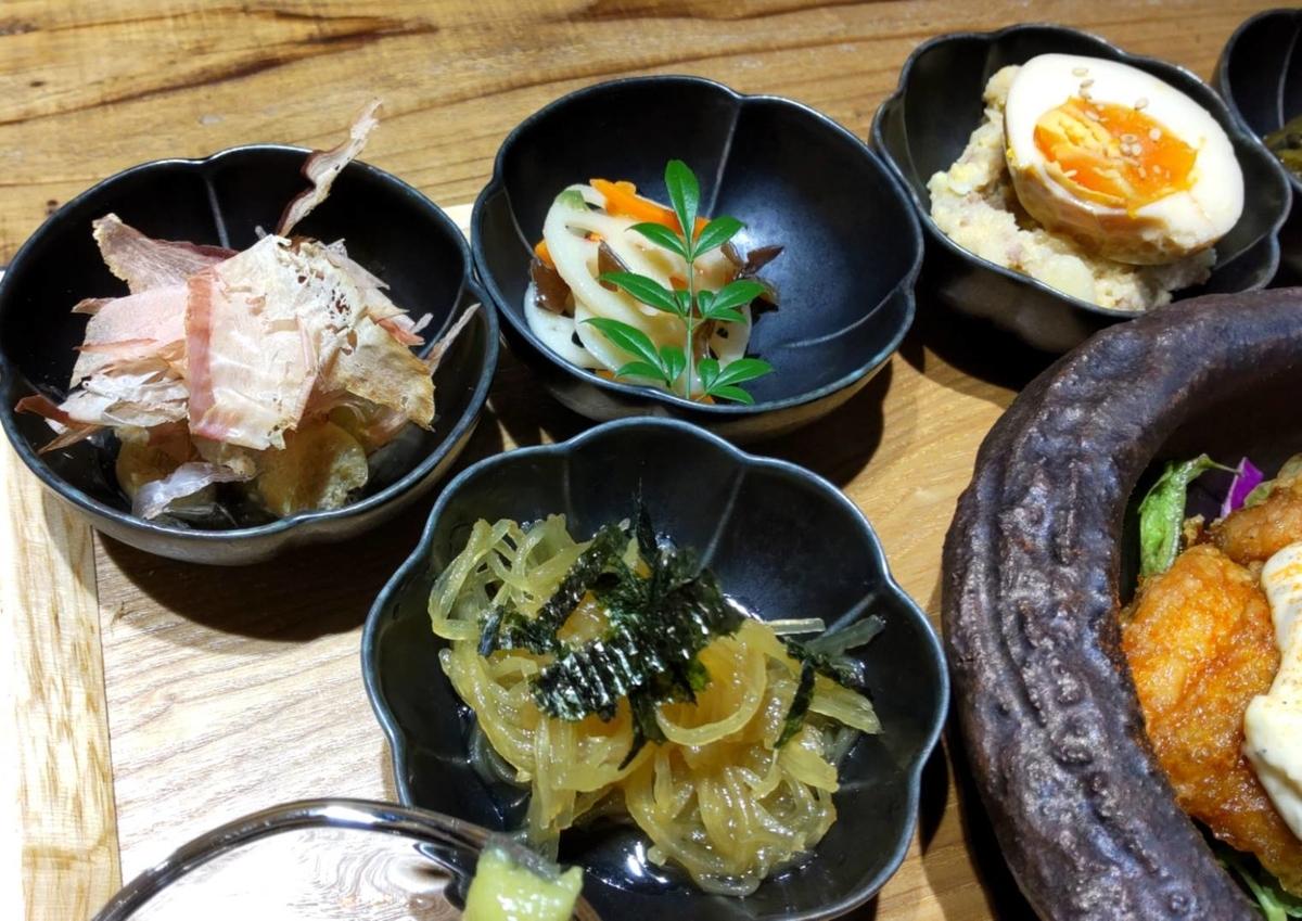 おによめ定食 小鉢 惣菜 感想 口コミ 天神 大名 人気ランチ