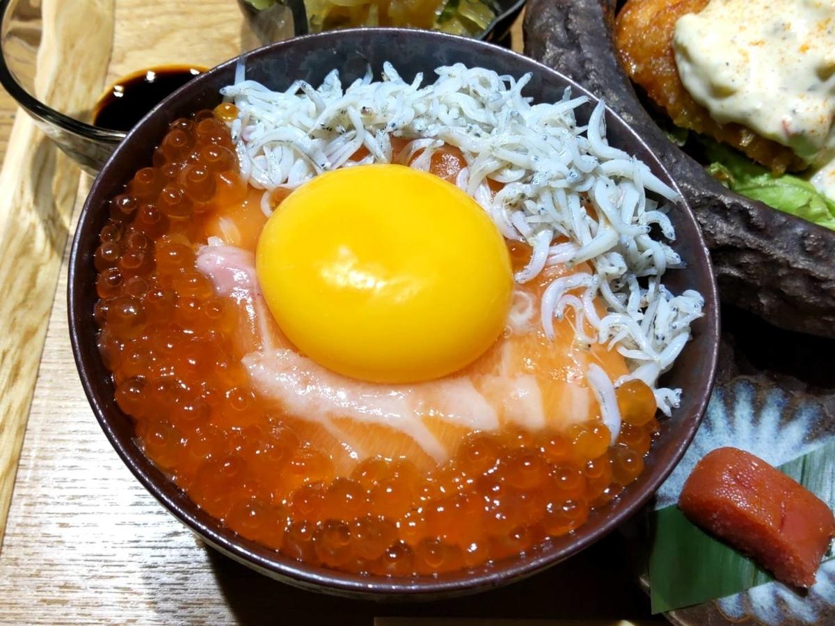 おによめ定食 海鮮丼 おすすめ 感想 口コミ天神 大名 人気ランチ
