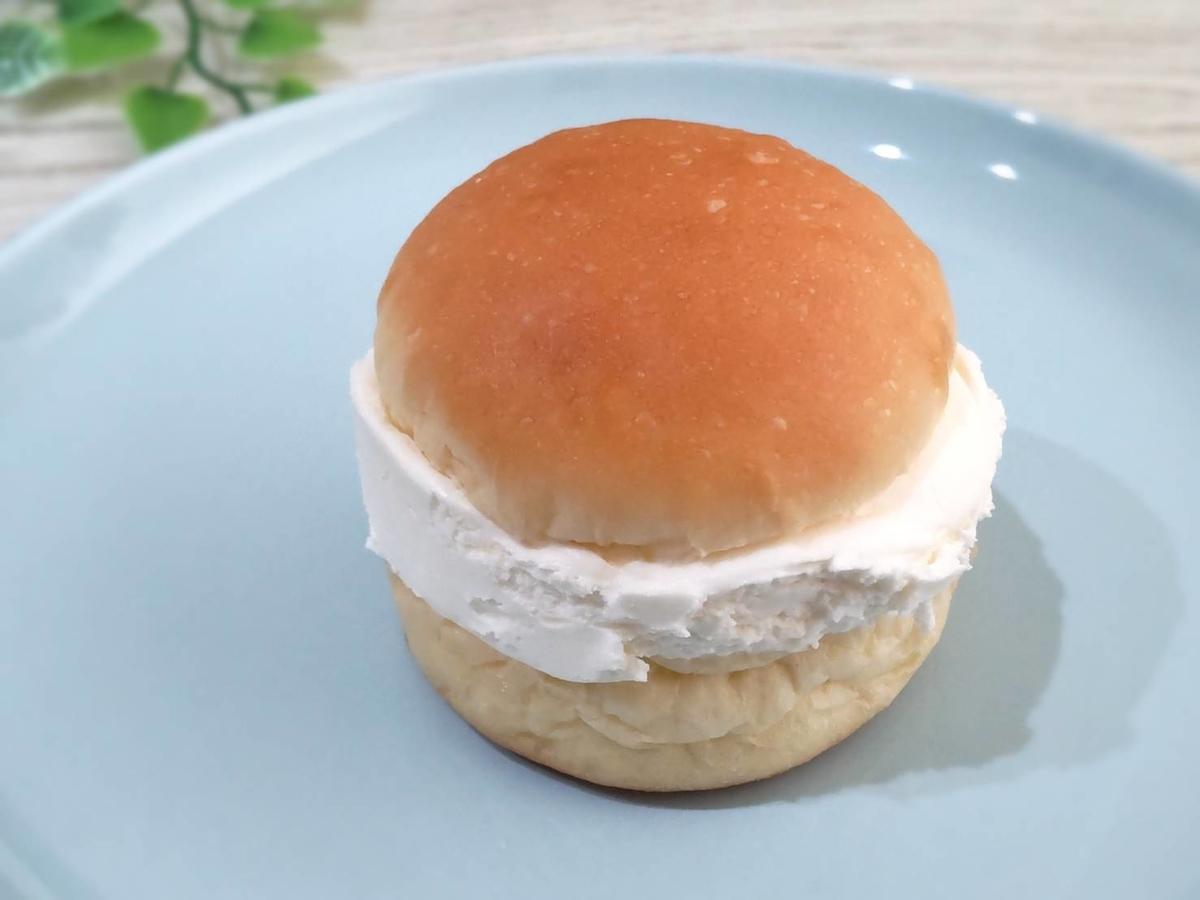 ヤマザキ 冷蔵 マリトッツォ チーズクリーム 大きさ 口コミ 感想 レビュー 評価