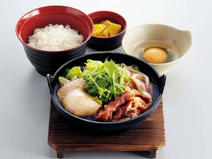 ジョイフル 期間限定 メニュー すき焼き鍋定食 値段 口コミ