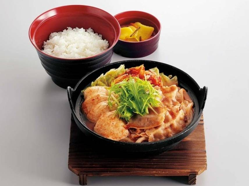 ジョイフル 期間限定 メニュー すくい豆富の味噌チゲ定食 値段 口コミ