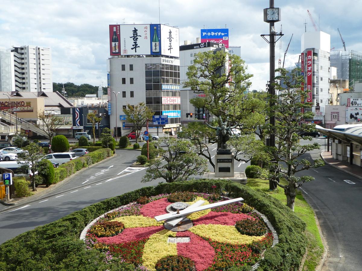 倉敷駅 花時計