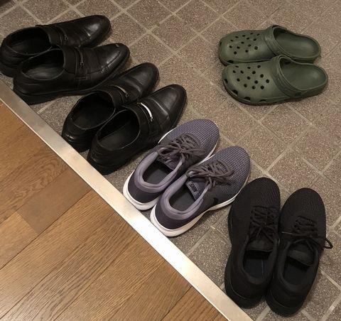 ミニマリストであるイカキムが所有する5足の靴。