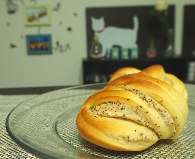 紅茶白あんを使ったパン