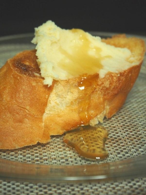 白あんバターを塗ったパン