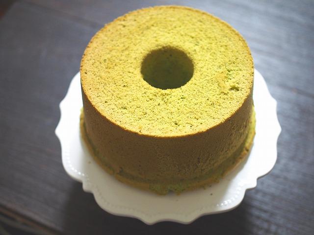 抹茶のシフォンケーキ2