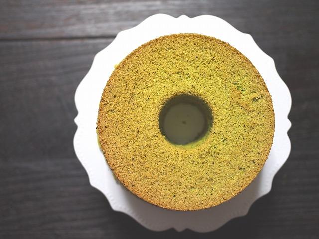 抹茶のシフォンケーキを上から見た図