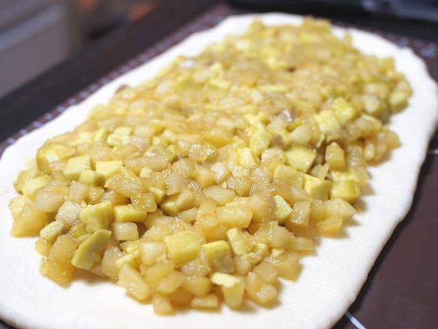 サツマイモとリンゴの食パン工程5