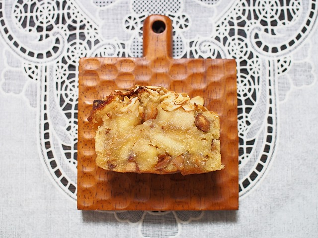 りんごとアーモンドのケーキ4