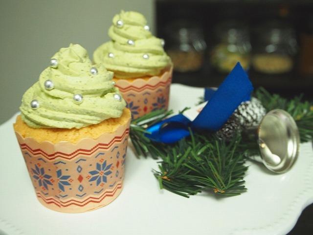 クリスマスカップケーキ抹茶
