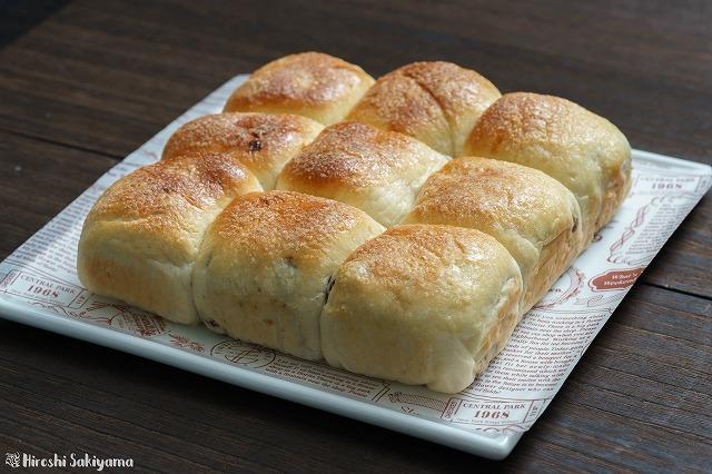 シュガーレーズンとキャラメルバナナのちぎりパン2