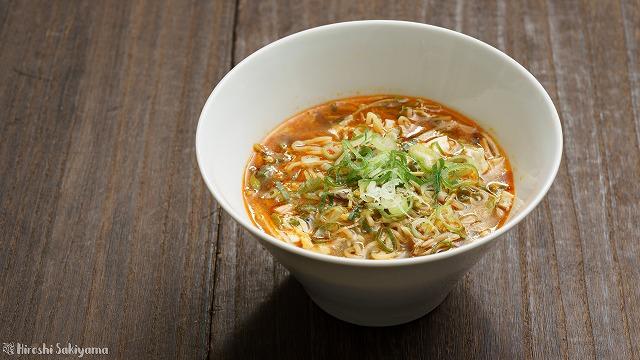 酸辣湯麺(サンラータンメン/スーラータンメン)