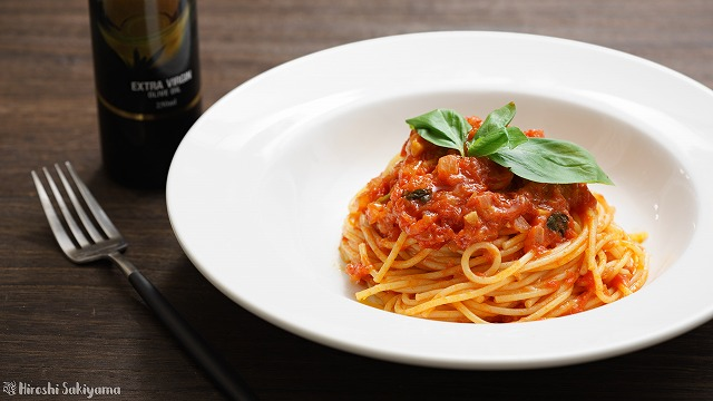 トマトソースパスタ、ポモドーロ