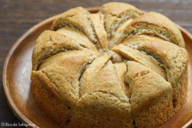 ホールのままのホットケーキミックスで作るアップルケーキ