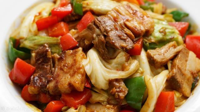 柔らかお肉とパプリカ・ピーマンの回鍋肉のアップ