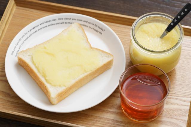 レンジで簡単りんごバターと塗った食パン