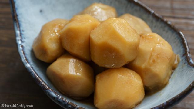 里芋の煮物、煮っころがしのアップ