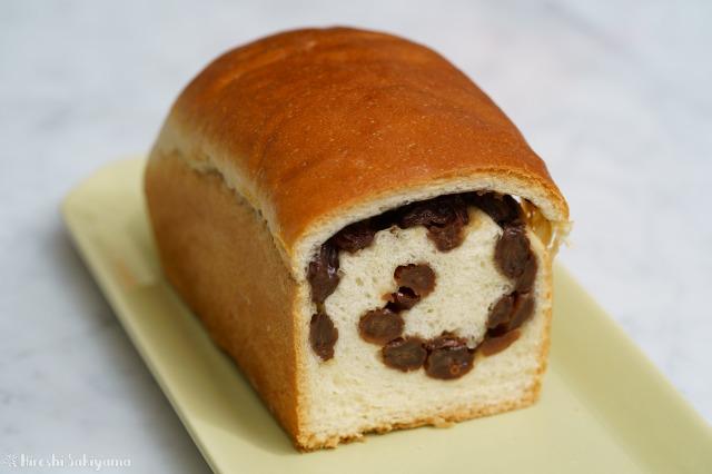 ぶどうパン(小)の断面図