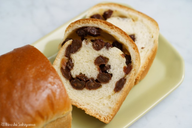 ぶどうパン(小)の断面のアップ