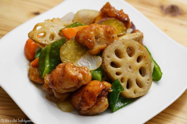 鶏と野菜の黒酢あんのアップ