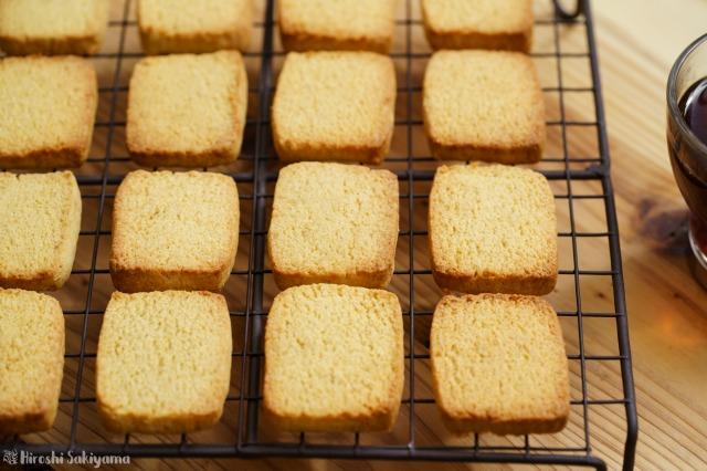 おからパウダーで作るプレーンなおからクッキーのアップ