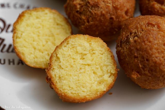 卵ありで、ホットケーキミックスを使ったおからドーナツの断面