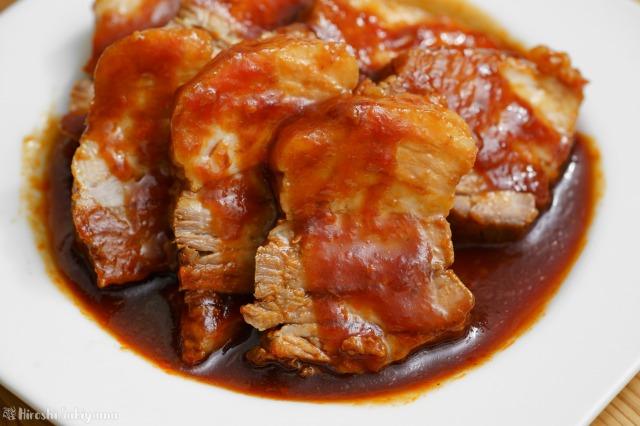 豚肉のケチャップ角煮のアップ