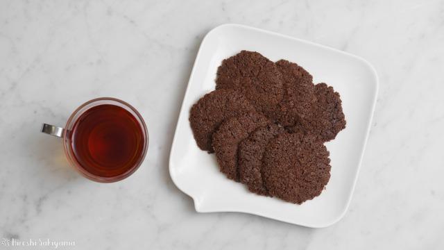 ココナッツオイルで作るココアクッキーを上から見た様子