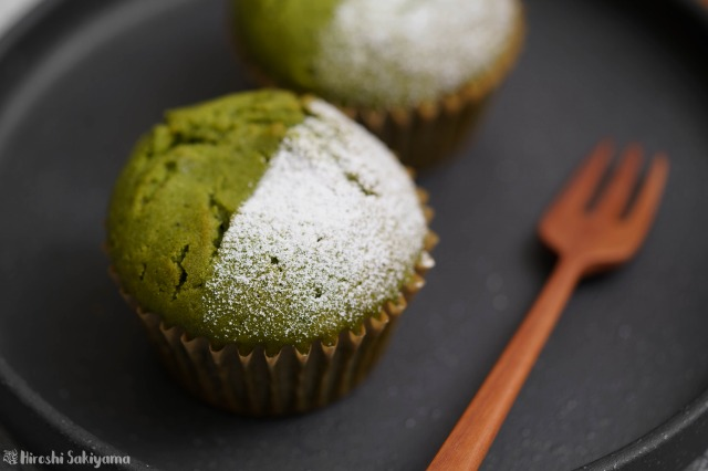 ココナッツオイルで作る抹茶あんこマフィンのどアップ