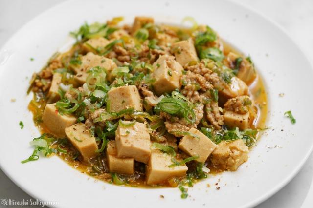 高野豆腐の麻婆豆腐のアップ