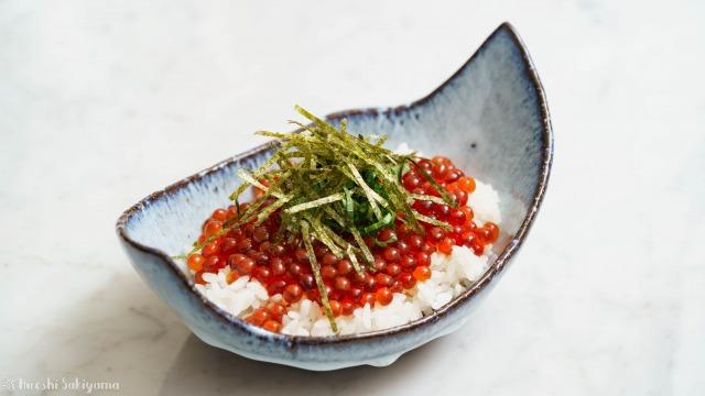 生筋子から作るいくらの醤油漬けで作ったイクラ丼